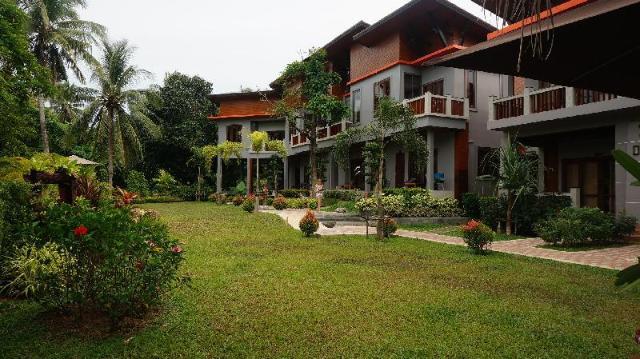 ลันตา อินทนิน รีสอร์ท – Lanta Intanin Resort