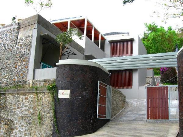 Villa Karingal Lombok