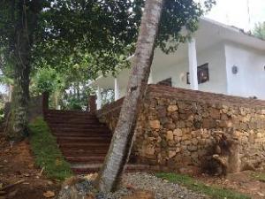 Sandayas Place