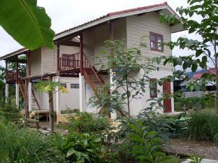 Churn Yuen Pai by Gampanat Guesthouse