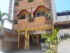 Shemaja Inn