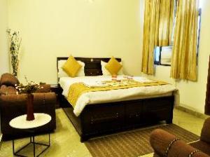OYO Rooms Noida City Centre