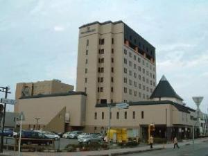 關於白山大飯店 (Grand Hotel Hakusan)