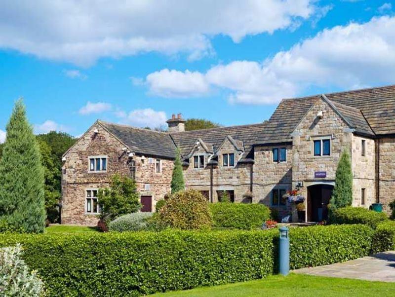 Tankersley Manor Qhotels