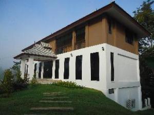 Chiang Khong Hill Resort