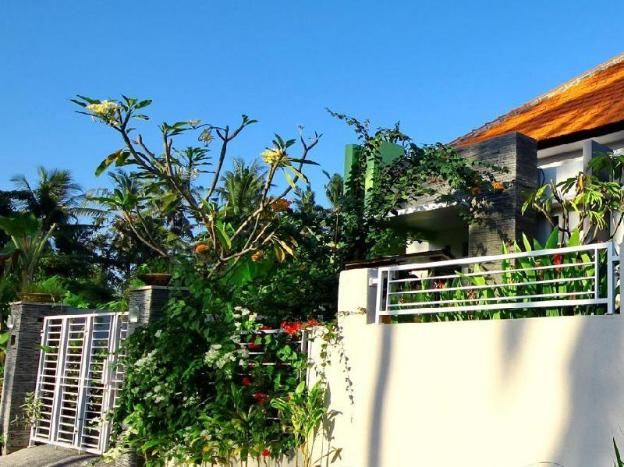 Saba House - 3BR - close to Keramas Surfing Beach