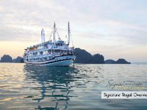 Signature Royal Cruise