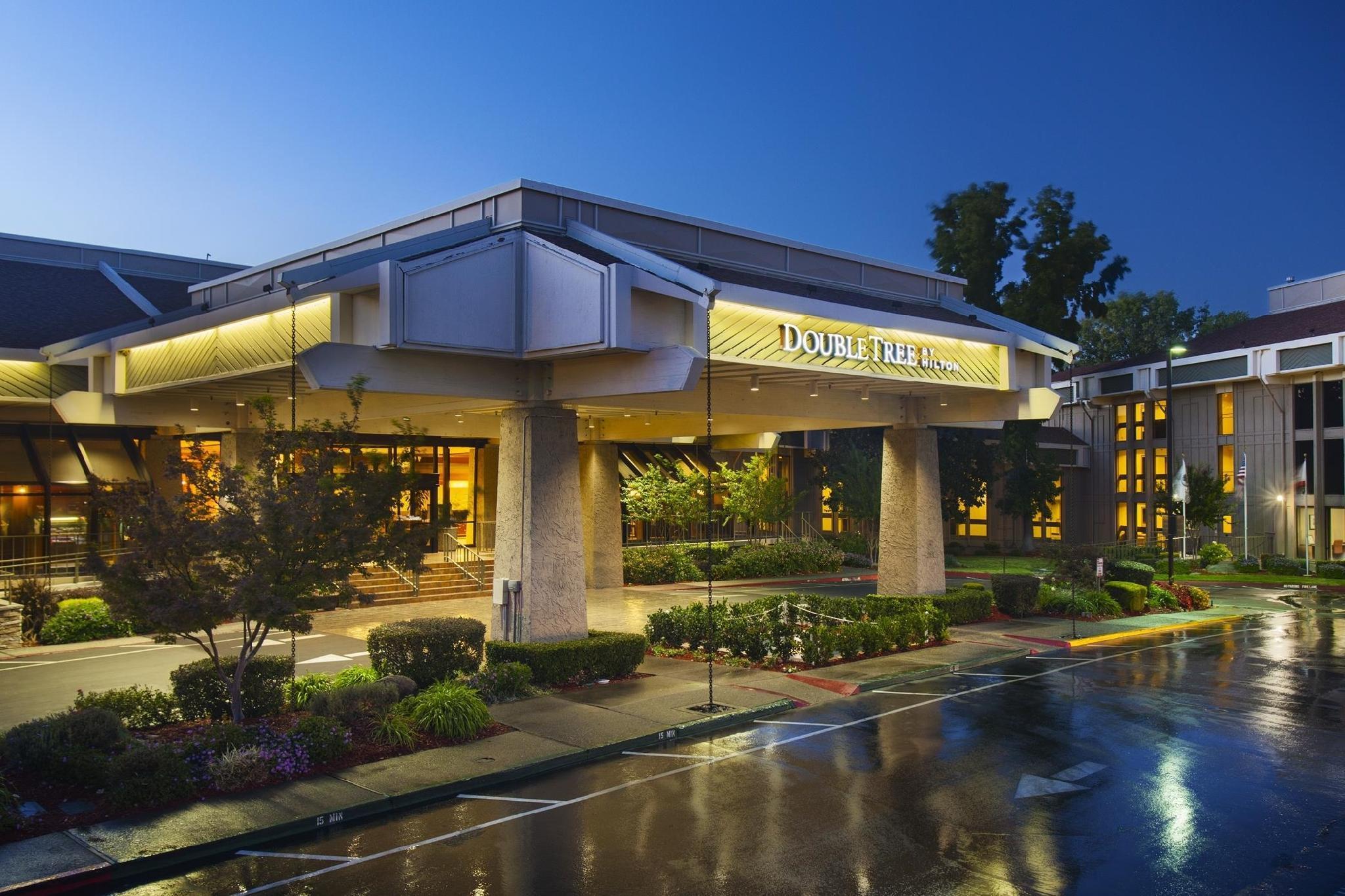 Doubletree By Hilton Sacramento Hotel