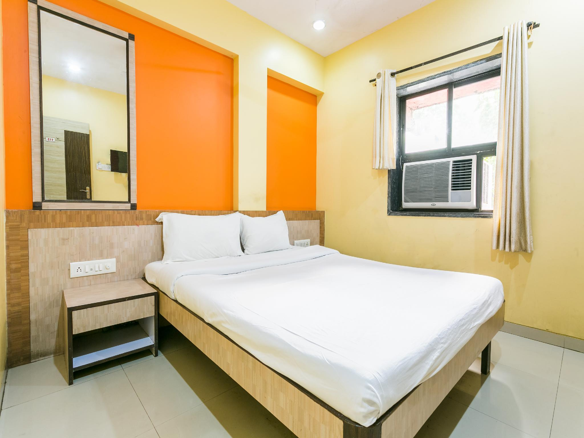 SPOT ON 41611 Hotel Sunrose Maharaja