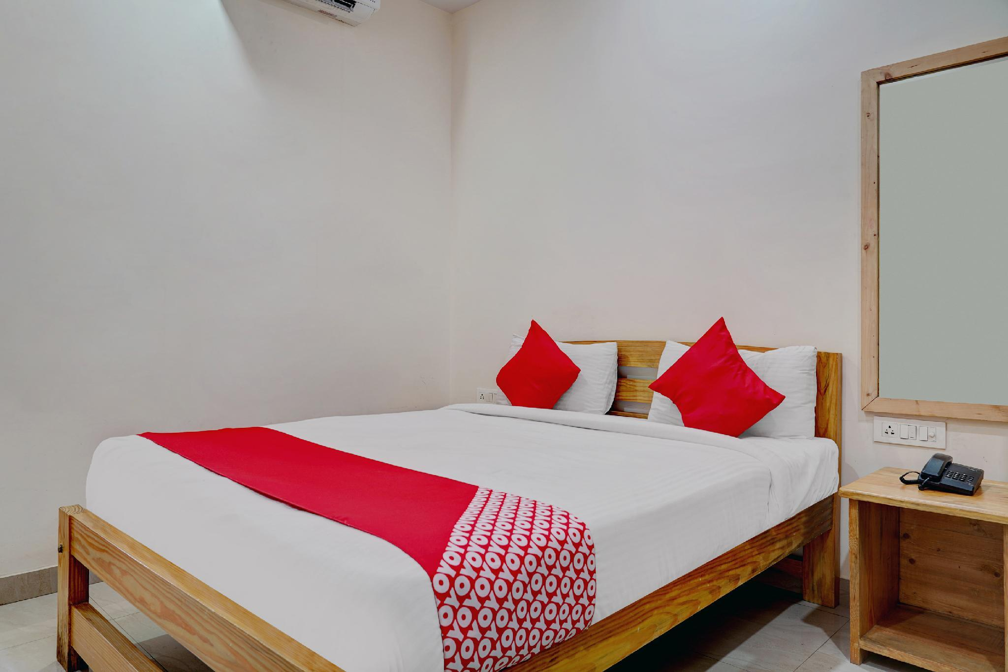 OYO 42040 Avigna Lokesh Hotels Pvt Ltd