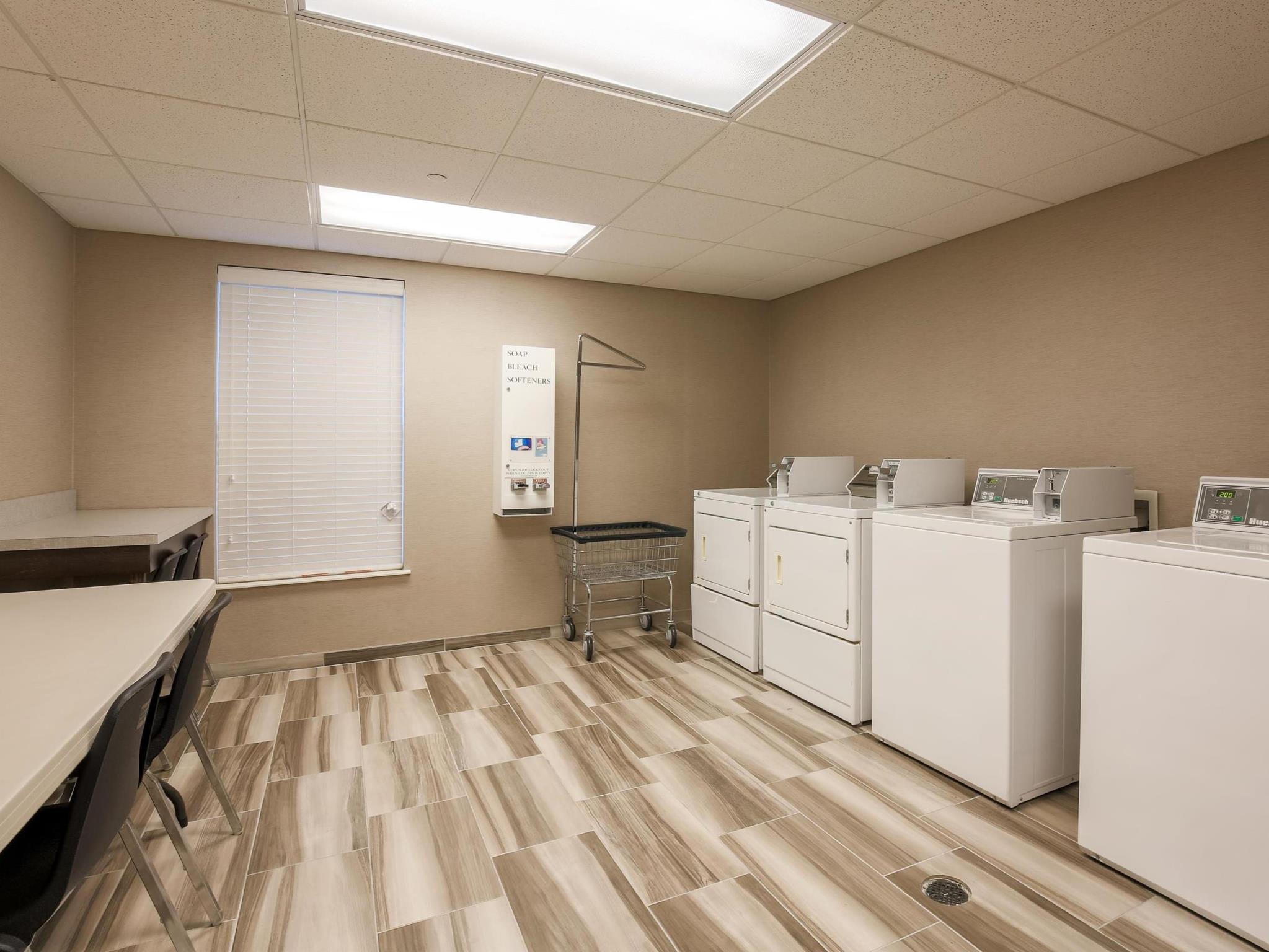 Homewood Suites By Hilton Memphis Hacks Cross