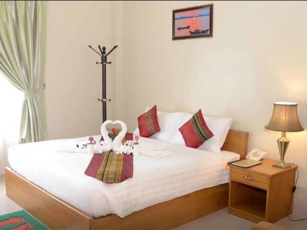 Hotel Queen Jamadevi Sun Shine Hotel Hotels Book Now