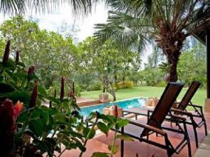 Chom Tawan Villa