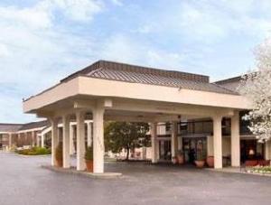 Baymont Inn And Suites Murfreesboro Hotel