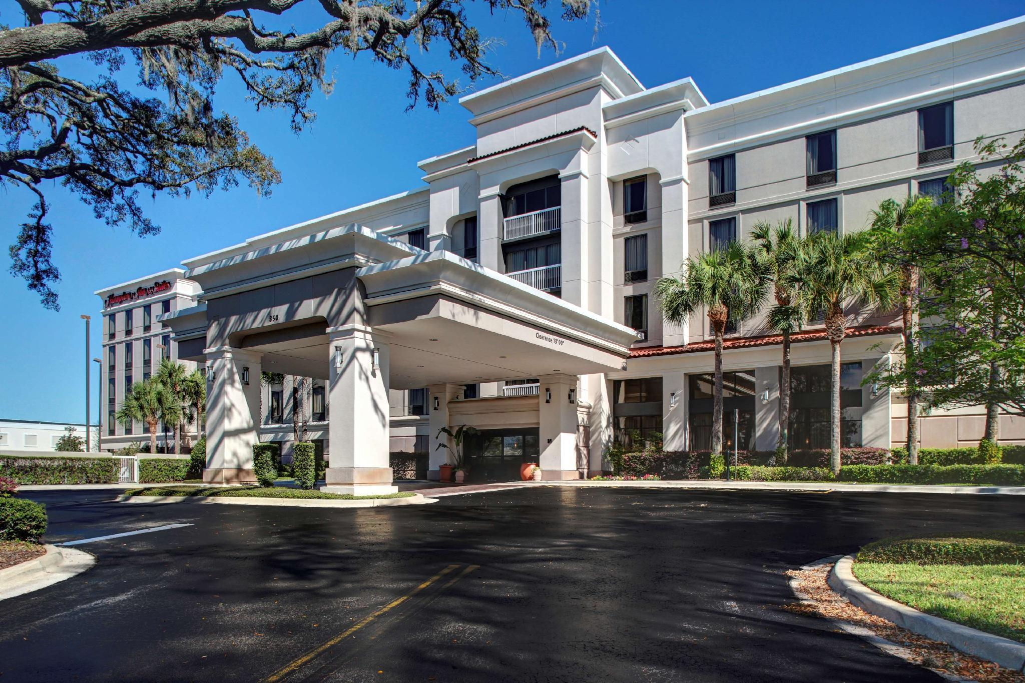 Hampton Inn And Suites Lake Mary At Colonial Townpark