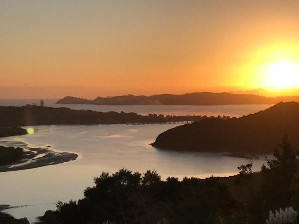 Bay Water Views Bed & Breakfast Paihia