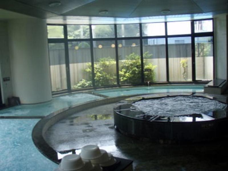 Garland Court Usami Hotel