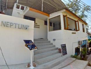 Neptune Hostel - Koh Tao