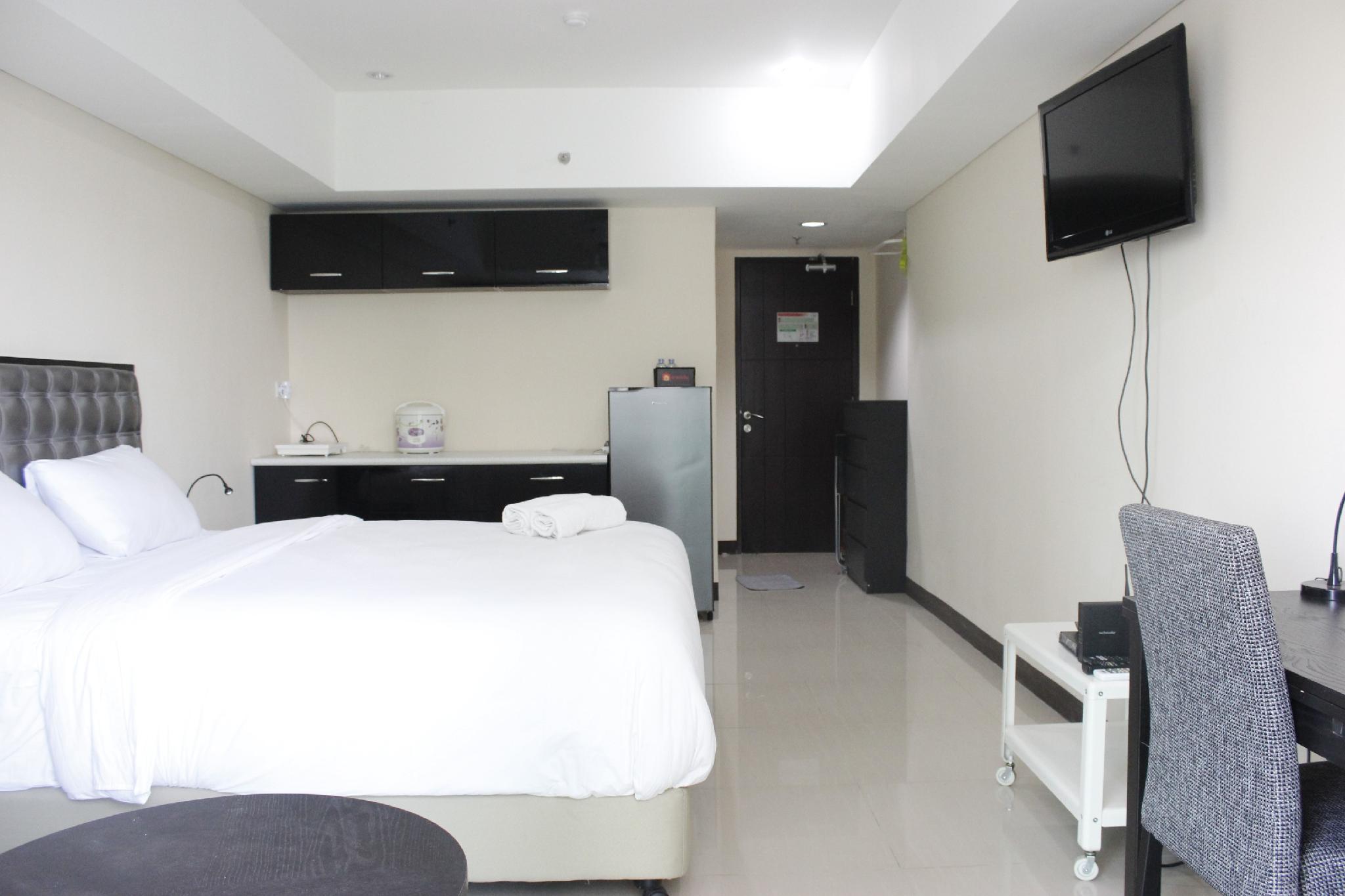 Strategic Room Tamansari La Grande Apt By Travelio
