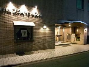 โรงแรมฟูกุอิ คาสเซิล (Hotel Fukui Castle)