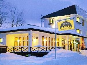 卡库巴白马轩地标住宿加早餐旅馆 (Hakuba Landmark Iwatake Lodge)