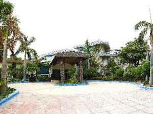 Dee Marks Hotel and Resorts