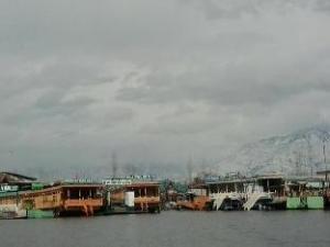 เฮาส์ โบ๊ต ทัช พาเลซ 2 (House Boat Taj Palace 2)