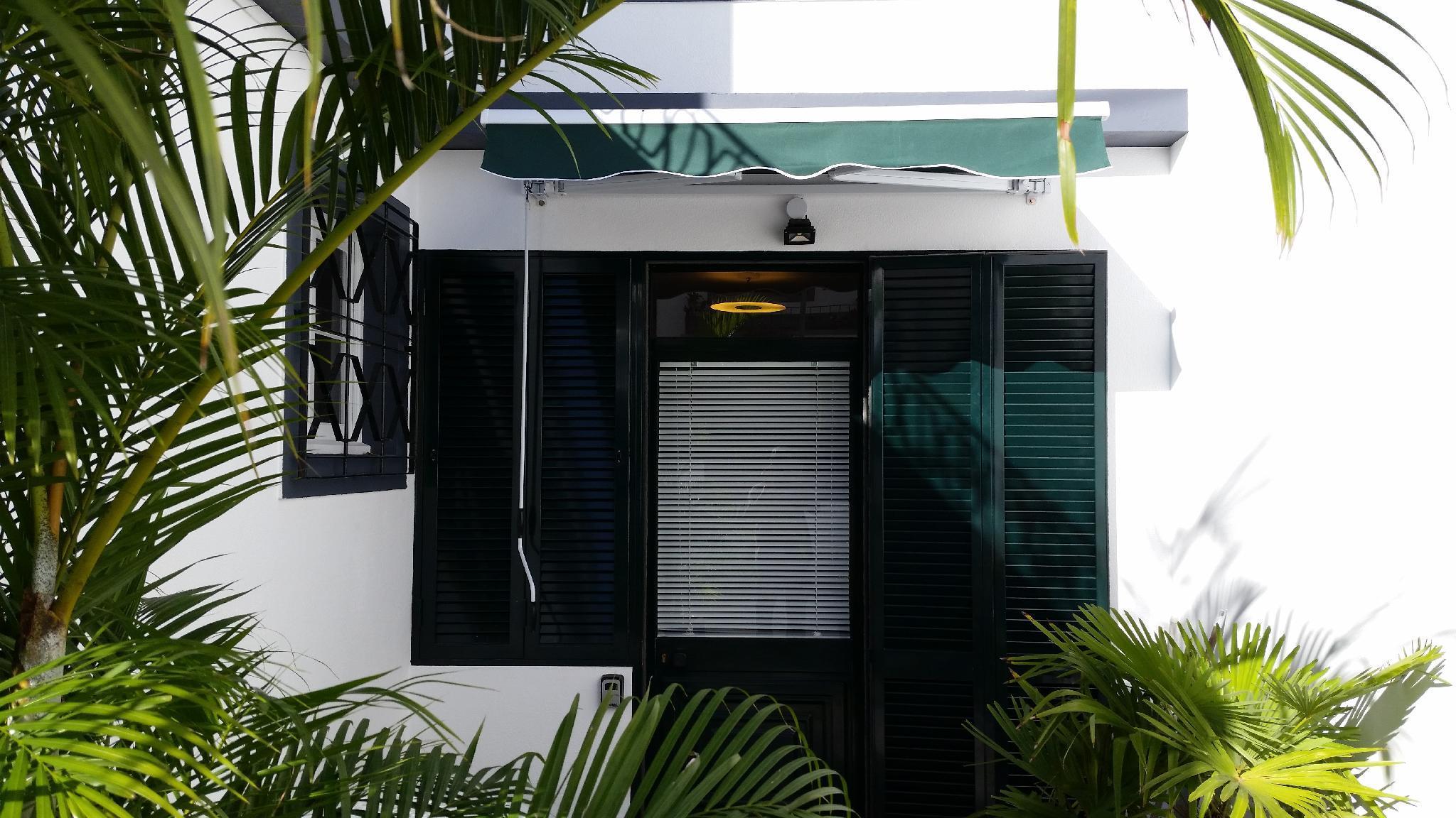 Light Breeze Terrace Apartment