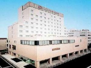 Pearl Hotel Ota