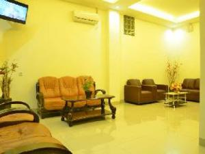 丹绒加弄酒店 (Tanjung Karang Hotel)