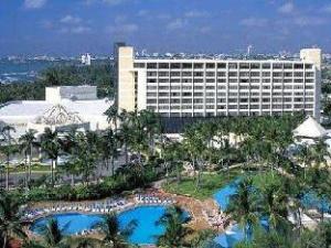 Über Renaissance Santo Domingo Jaragua Hotel & Casino (Renaissance Santo Domingo Jaragua Hotel & Casino)