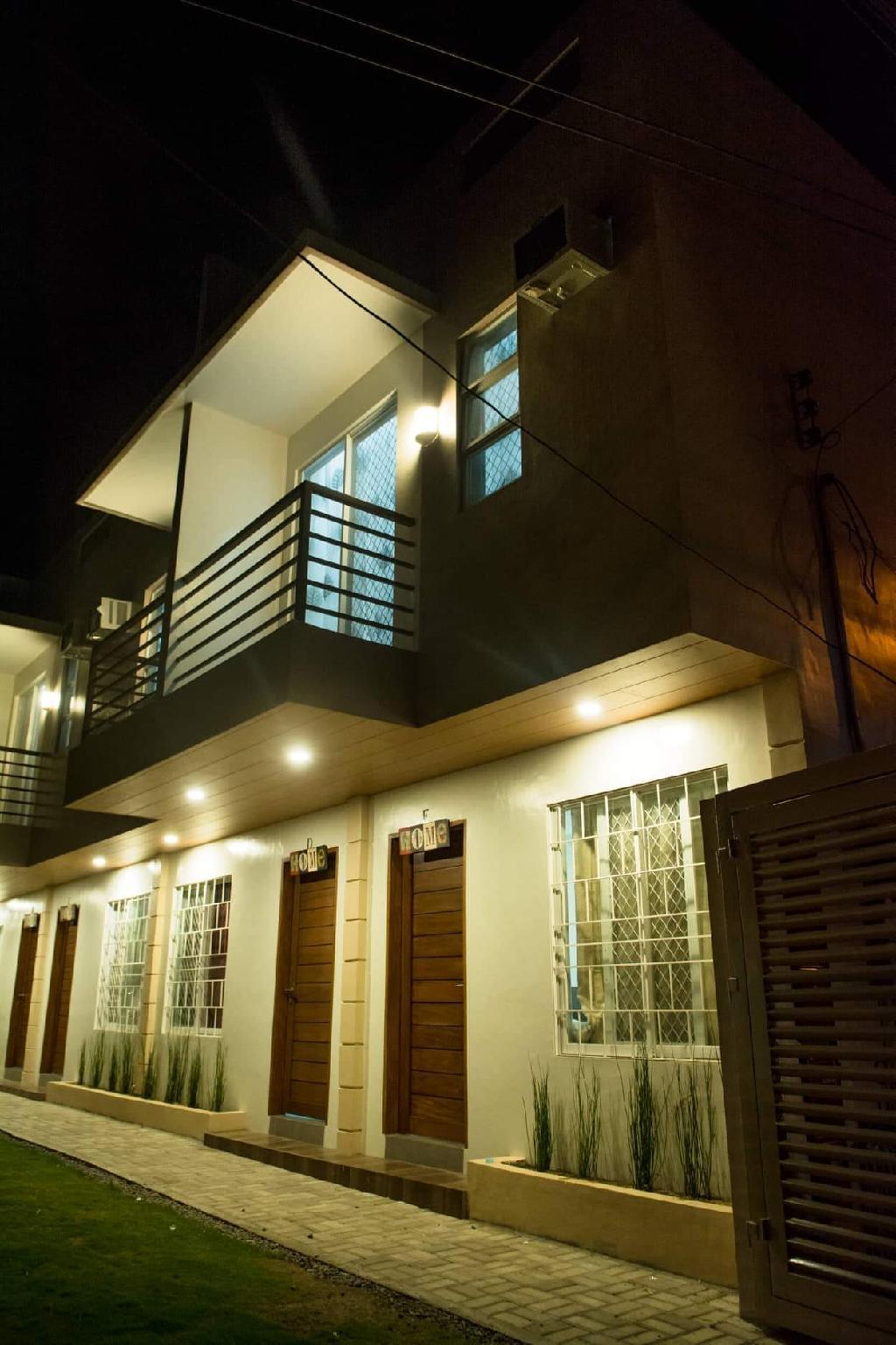 Mailz Haven Door E Modern 3BR Apartment Near SM