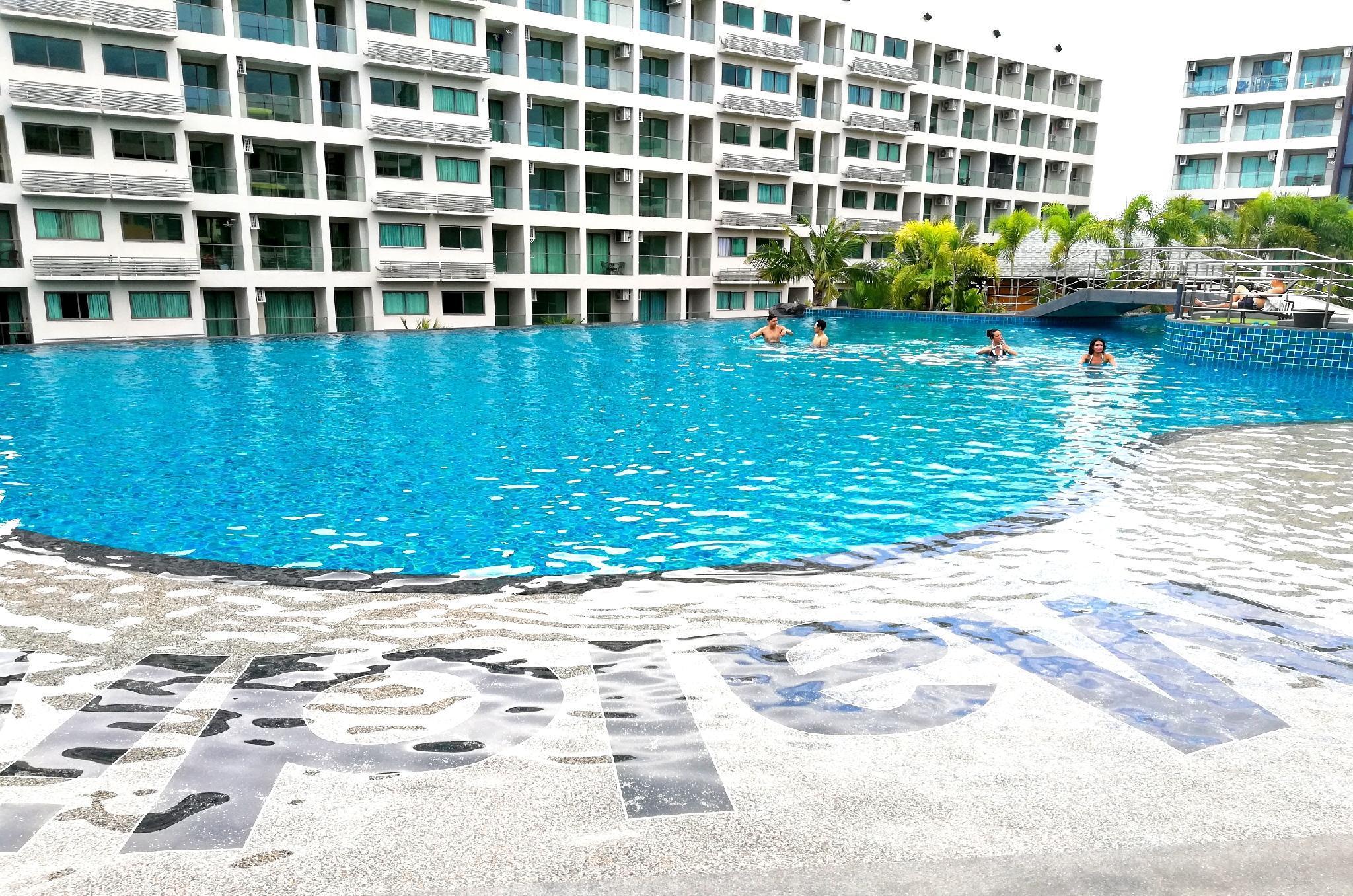 Maldives Pattaya Largest Pool  Pool View