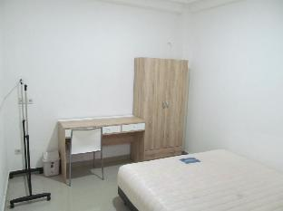 Guest House 8