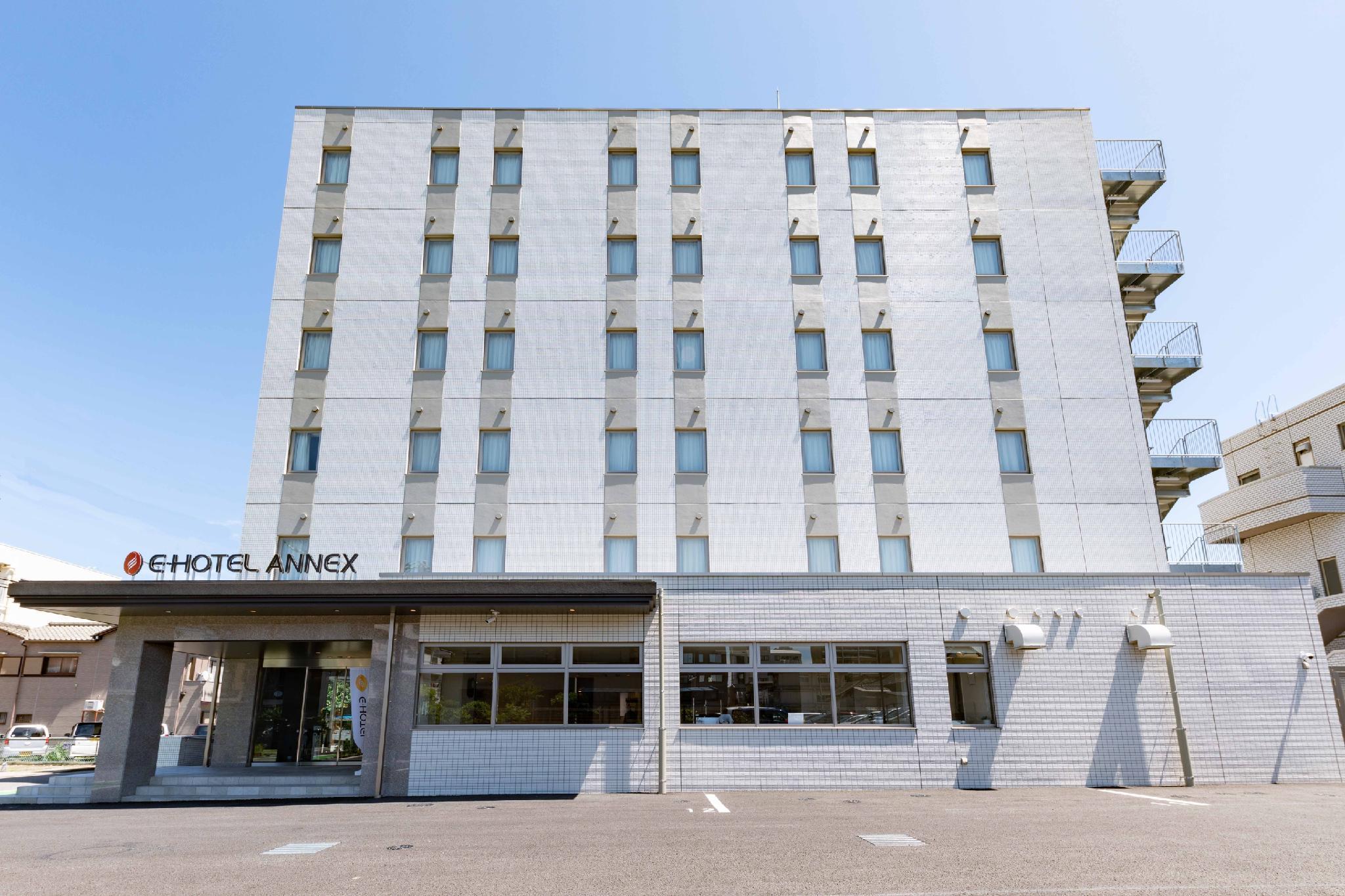 OYO 649 E Hotel Kumagaya Annex
