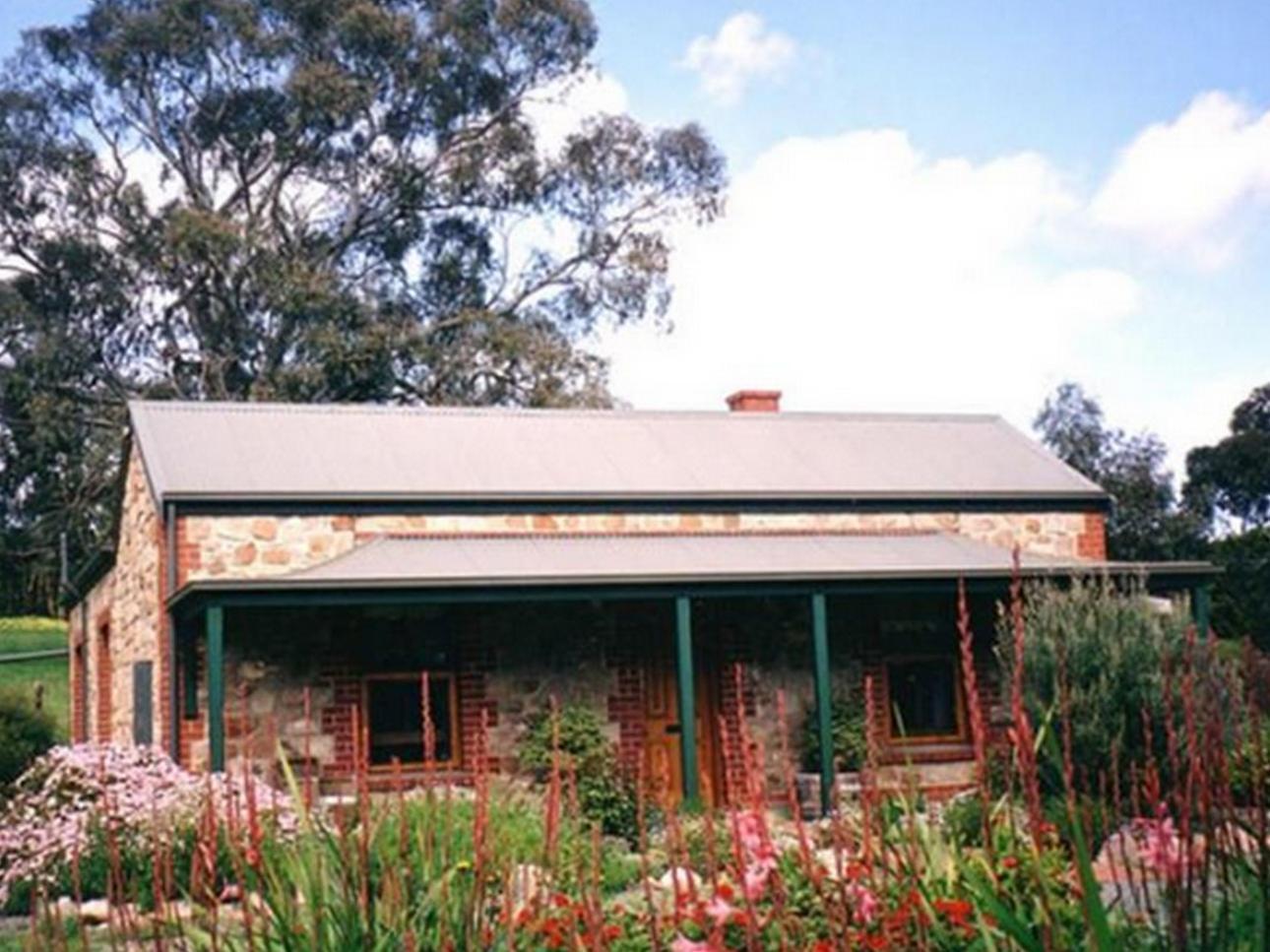 Amanda Cottage 1899