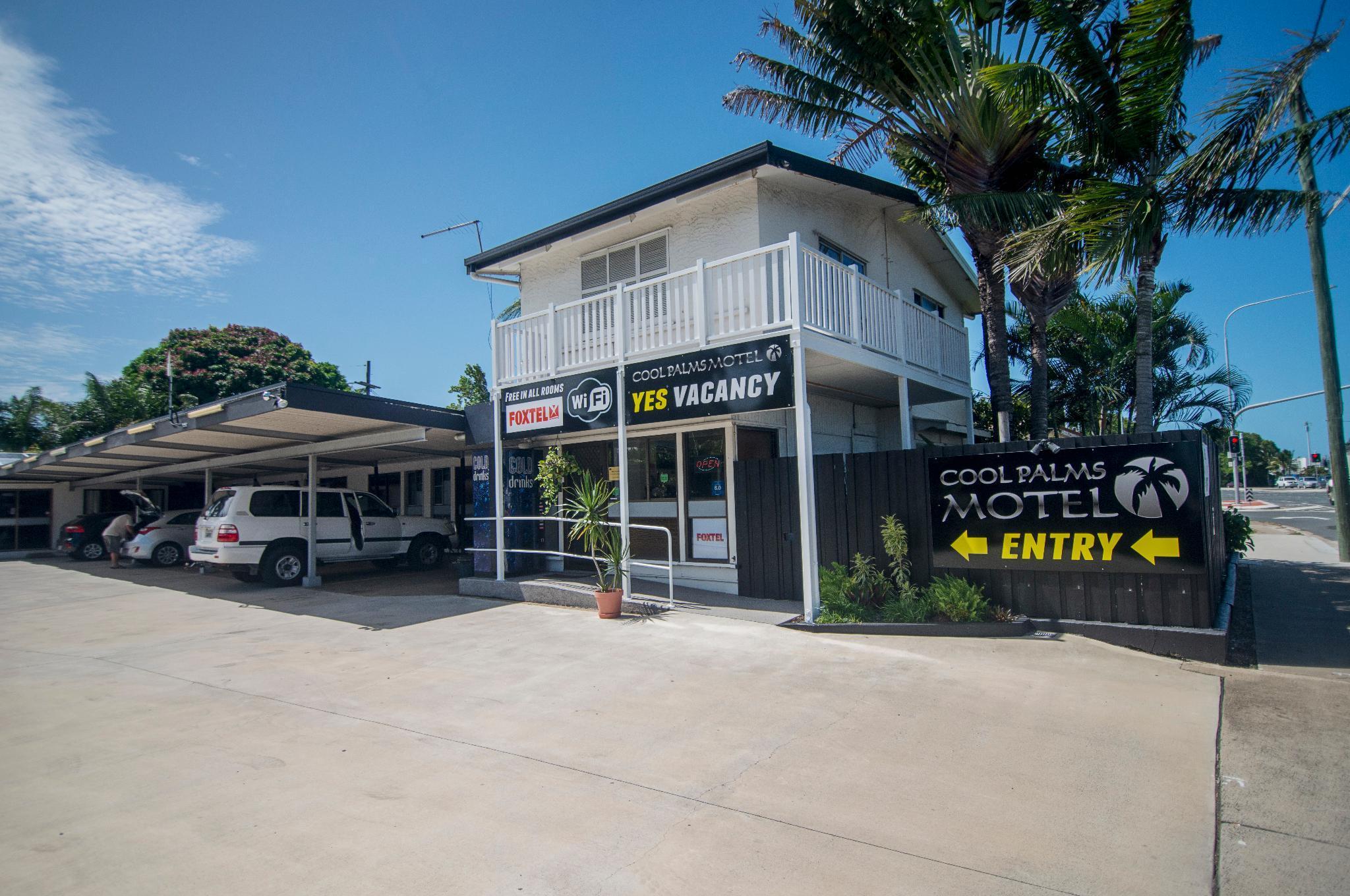 Cool Palms Motel