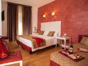 關於弗洛里斯飯店 (Floris Hotel)