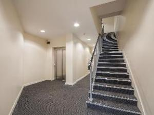 Beaverbank Place- Campus Residence