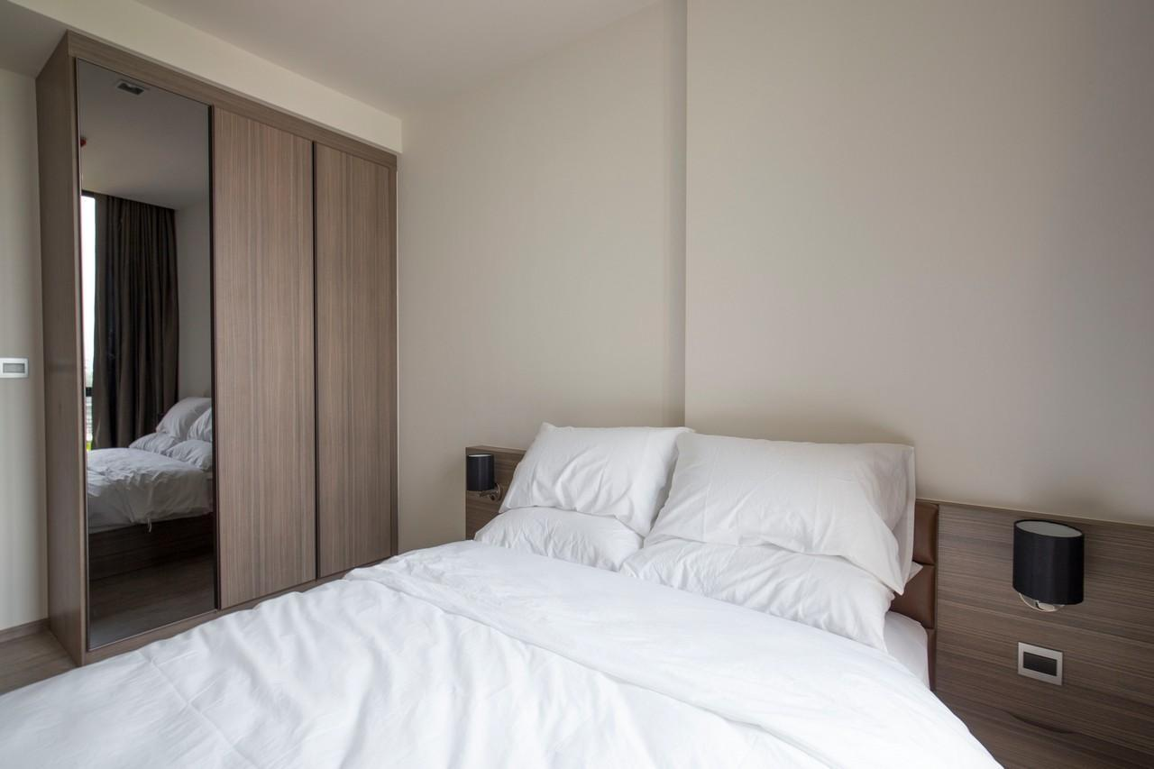 Comfy 1 BR Lifestyle Condo   10 Mins To BTS On Nut