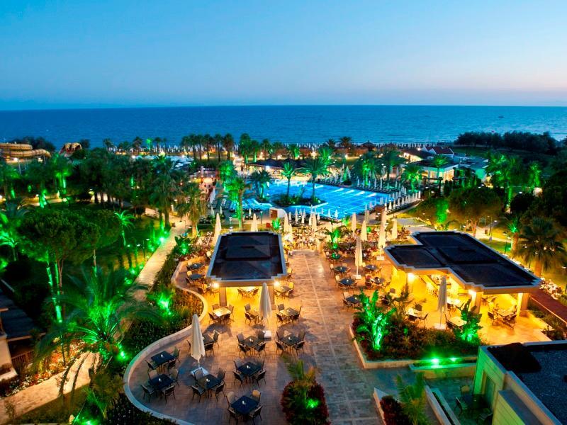 Crystal Tat Beach Resort Spa