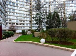 Apartment Rue Cepre Paris