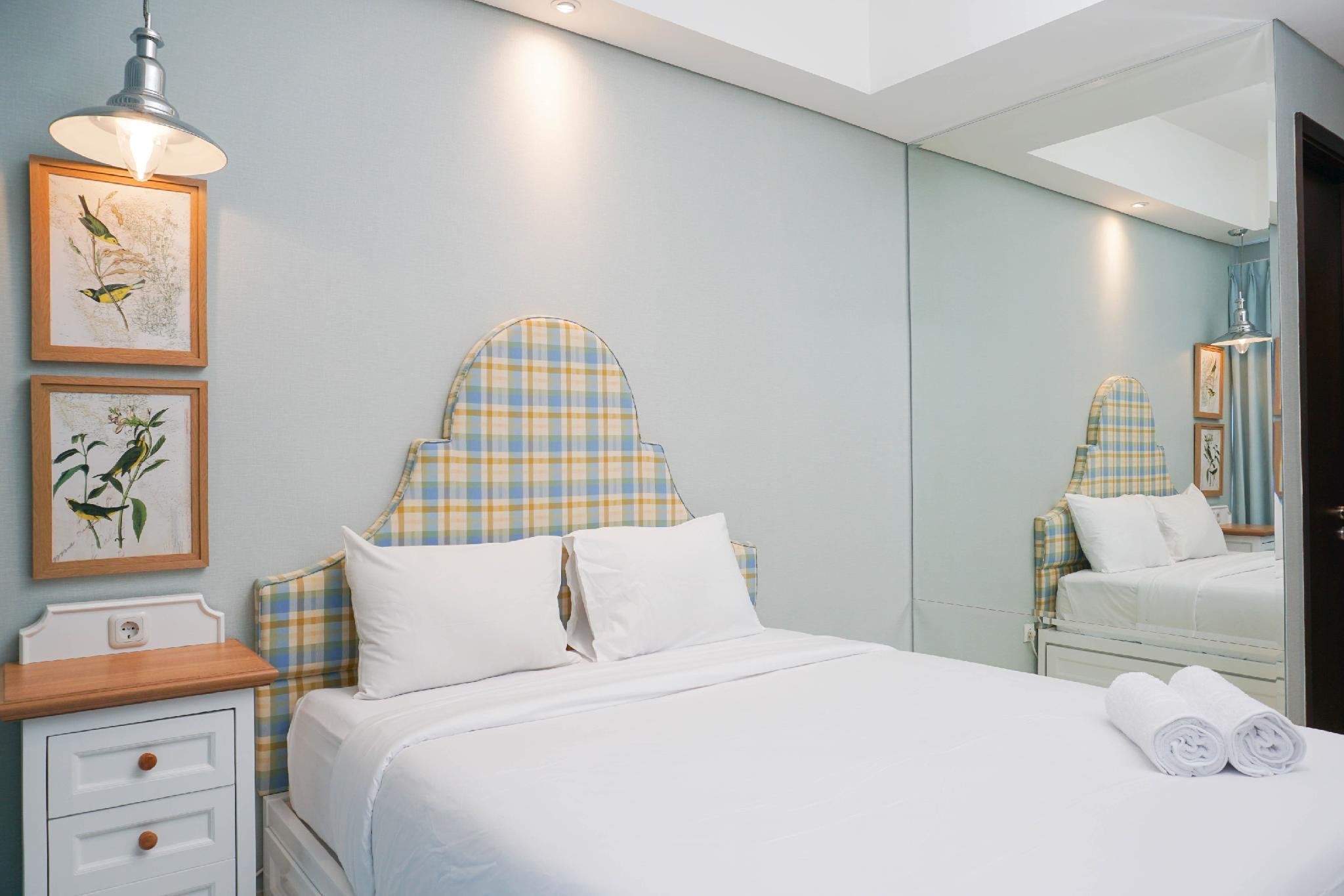 Cozy Studio At Puri Mansion Apartment By Travelio