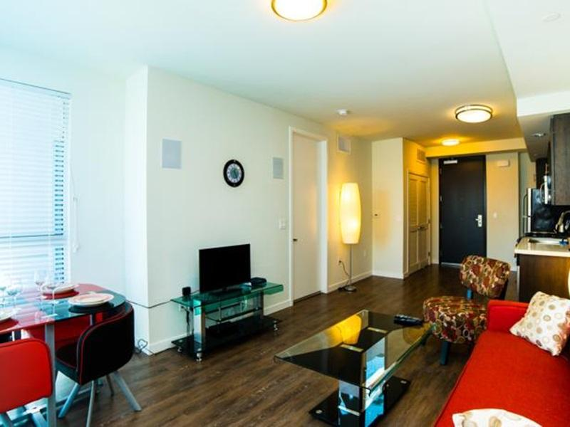 Downtown Cupid Apartment