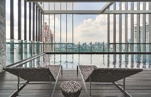 Modern 2 Bed Apt w/Balcony in Park 24 Condo อพาร์ตเมนต์ 2 ห้องนอน 1 ห้องน้ำส่วนตัว ขนาด 54 ตร.ม. – สุขุมวิท