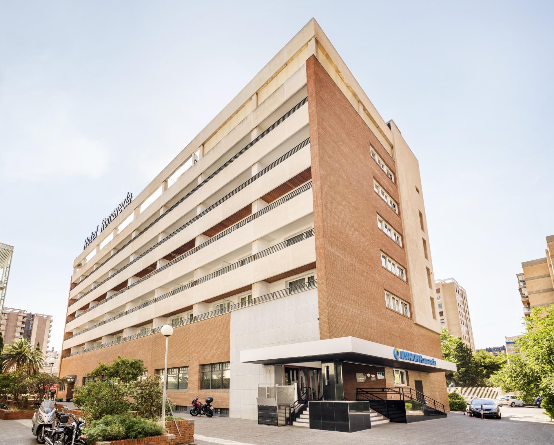 Ilunion Romareda Hotel