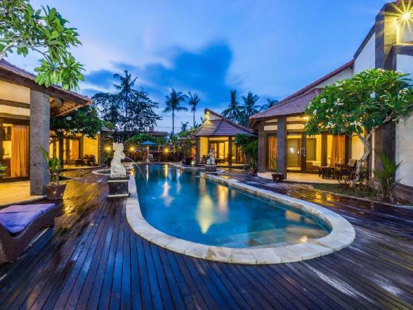 Pondok Baruna Frangipani Resort Bali