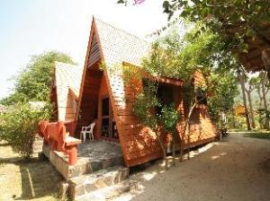 FantaSea小屋 (FantaSea Bungalows)