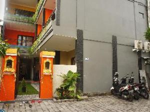 เรนา ซการา เฮาส์ (Rena Segara House)