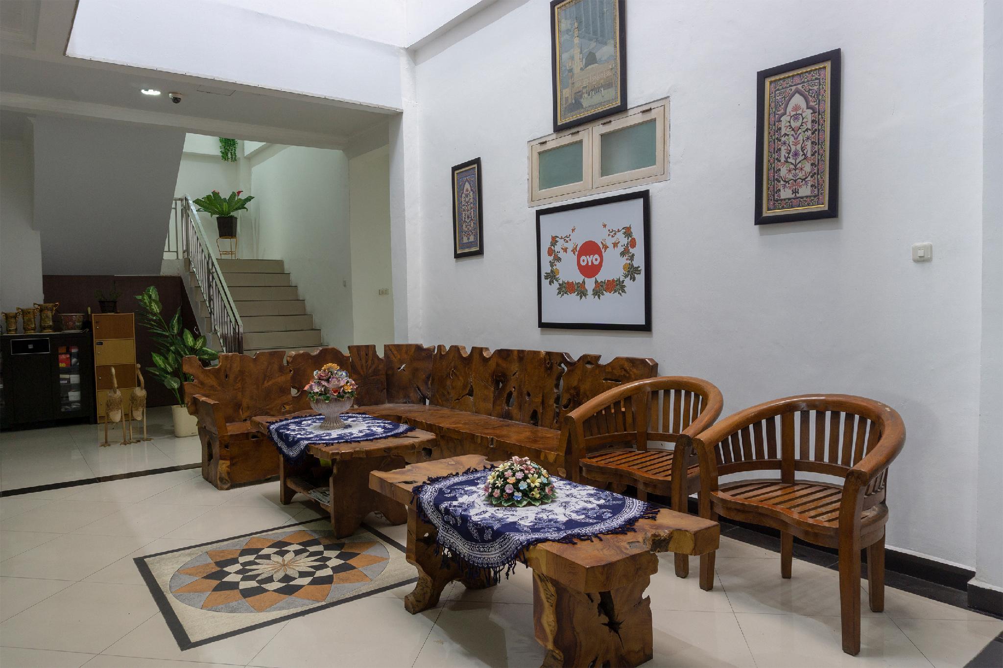 OYO 916 Bintara Guest House